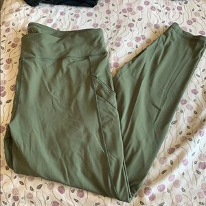2X/3X forever 21 yoga pants plus size army green
